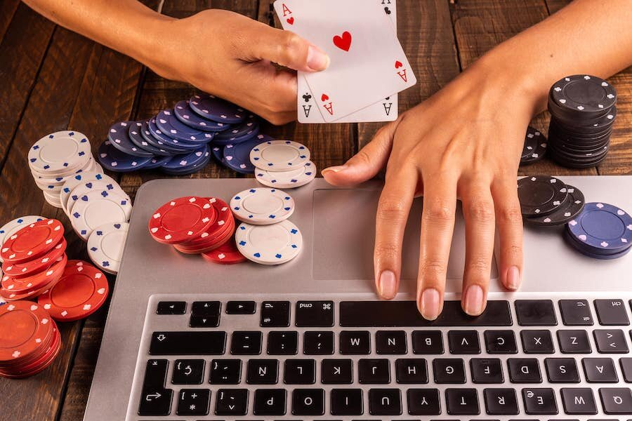 Purposes behind Playing on Online Casinos – Peace Love Poker
